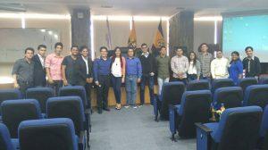 Jornadas de software libre con los estudiantes del Semillero de Investigación del grupo TICAD exponen temas de proyecto en el auditorio de la UPS sede Guayaquil.